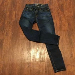 7 For all Mankind Jeans size 25 Gwenevere Cropped
